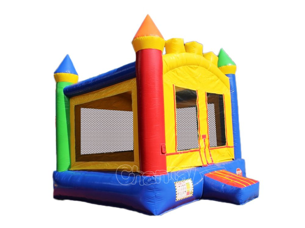 standard bounce house for kids