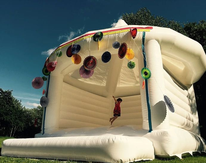 wedding moon bounce for new couples