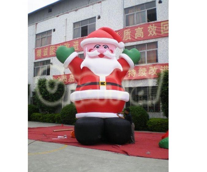 inflatable cartoon santa