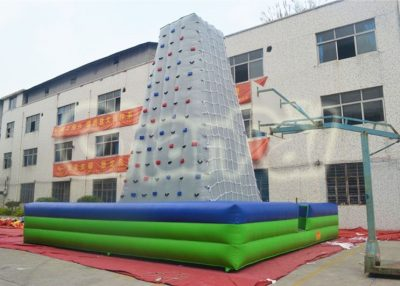inflatable netting climbing rock wall