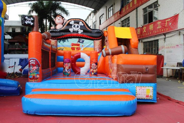 pirate theme small inflatable jump house for kids