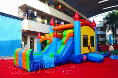 combo jumping castle with wet slide