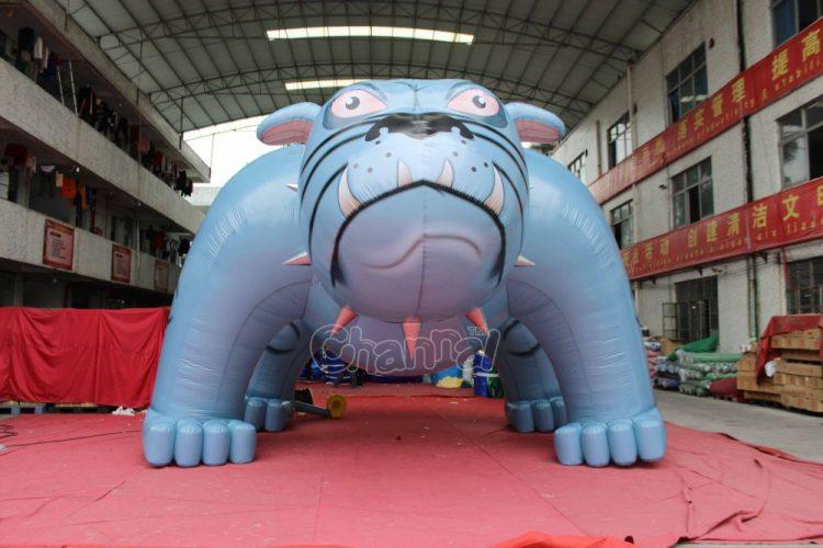 custom inflatable bulldog for football teams