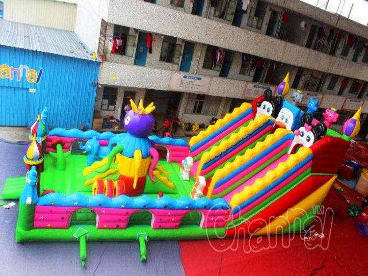 cartoon animals inflatable playground