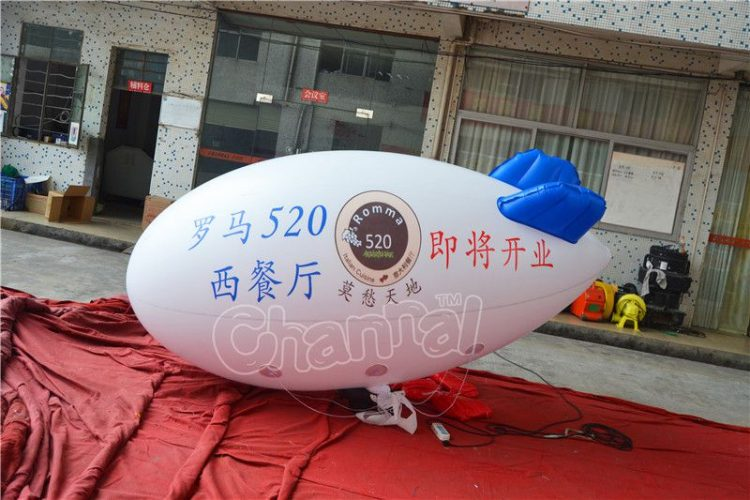 flying inflatable advertising blimp balloon for your businesses