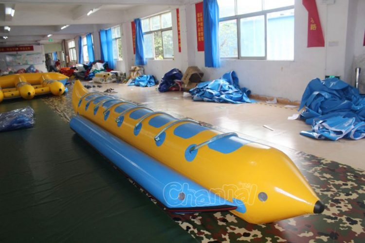 8 rider inflatable banana boat towable