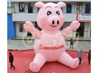 advertising cute giant inflatable sitting pig