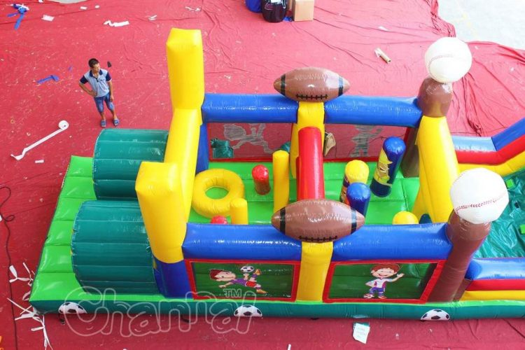 blow up obstacle course entrance challenge