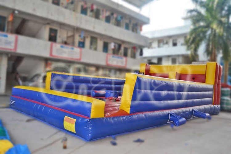 inflatable joust arena with bungee run game