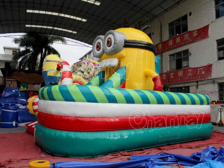Christmas minions inflatable playground for sale