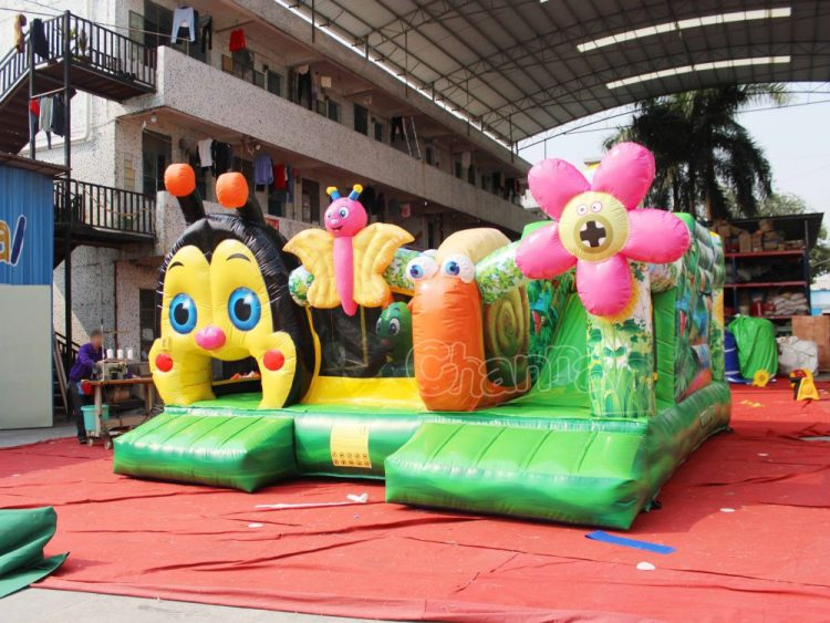 bugs theme inflatable interactive playing field
