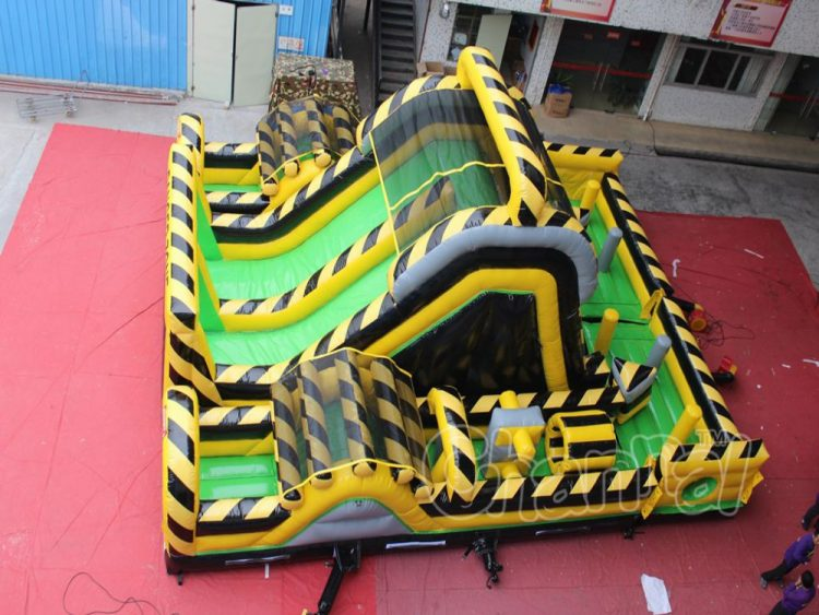 danger zone obstacle course in square size
