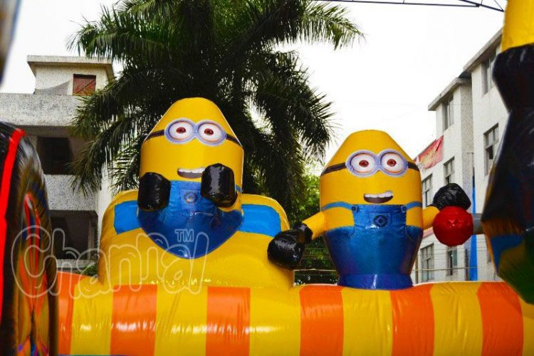 minions train theme obstacle course