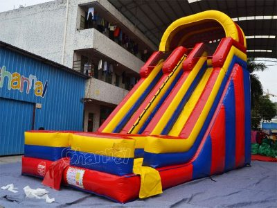 22'h dual lane inflatable slide