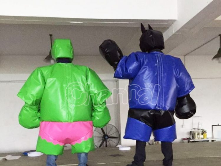 green hulk sumo suit with batman
