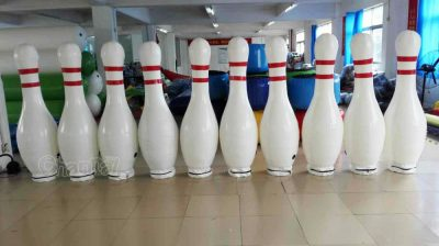giant inflatable bowling pins set (10 pieces)